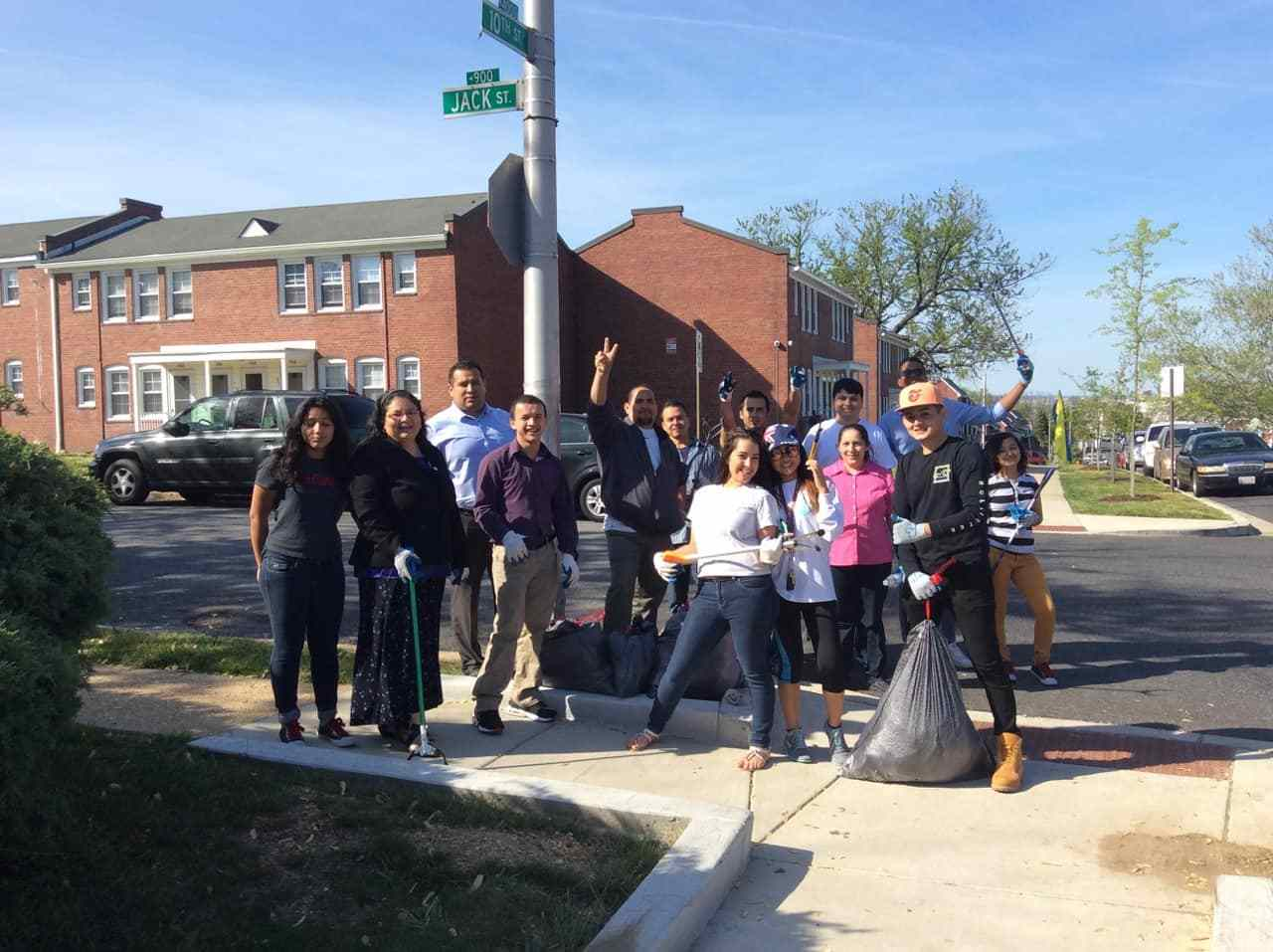 A group of TAYR congregation members during a community cleanup-min